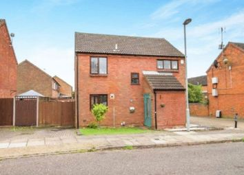 Thumbnail 3 bed detached house for sale in Links Way, Luton