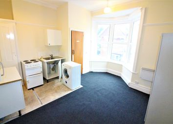 Thumbnail Studio to rent in Grosvenor Gardens, Bournemouth