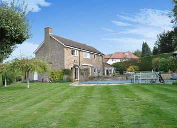 Thumbnail 4 bed detached house for sale in Links Brow, Fetcham, Leatherhead