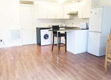 Thumbnail 1 bed flat to rent in Abingdon Close, London