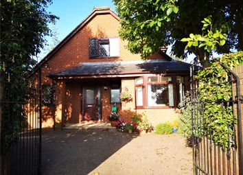 3 bed bungalow for sale in Forge Way, Cullompton, Devon EX15