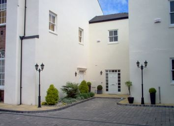 Thumbnail 1 bed flat to rent in Windsor Street, Leamington Spa