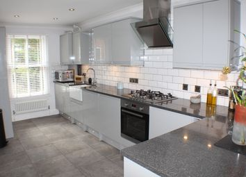 3 bed terraced house to rent in The Spires, Canterbury CT2