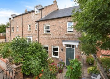 Thumbnail 3 bed end terrace house for sale in Coltsgate Hill, Ripon