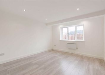 The Approach, London W3. 1 bed flat