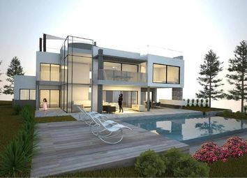Thumbnail 5 bed villa for sale in Portugal, Algarve, Vilamoura