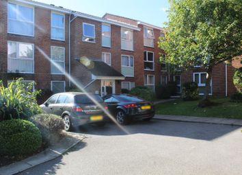 Thumbnail Flat for sale in Lyonsdown Road, New Barnet, Barnet