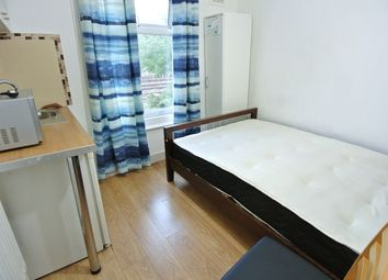 Thumbnail Studio to rent in Chapter Road, Dollis Hill