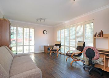 Thumbnail Studio to rent in Malvern Way, London