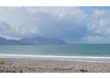 Thumbnail 3 bedroom detached bungalow for sale in Dinas Dinlle, Caernarfon