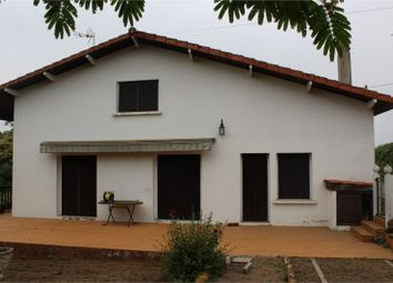 Thumbnail 6 bed property for sale in Midi-Pyrénées, Gers, Estang Proche