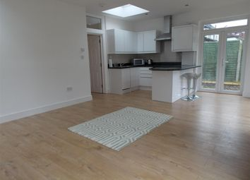 Thumbnail 5 bed maisonette to rent in Roehampton Vale, London