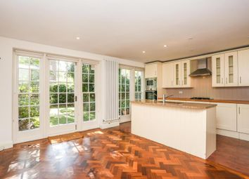 Thumbnail Property to rent in Holland Park Road, London