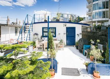 5 bed houseboat for sale in Lightermans Walk, Prospect Quay, Wandsworth, London SW18