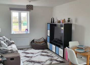 Thumbnail 2 bed flat for sale in Wokingham, Berkshire