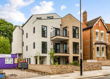 South Park Hill Road, South Croydon CR2. 2 bed flat