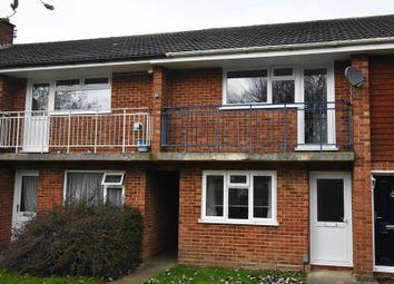 Thumbnail 2 bed flat to rent in Elgar Close, Basingstoke