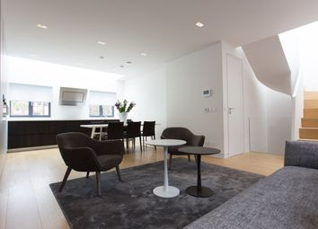 Thumbnail 2 bed flat to rent in Greek Street, London
