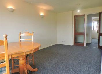 2 bed flat to rent in Kenwyn Road, Dartford DA1