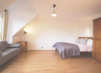 Thumbnail 4 bed shared accommodation to rent in Discovery Walk, Wapping