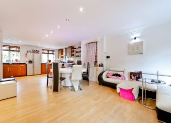 Thumbnail 4 bed town house for sale in Meadow Place, Chiswick