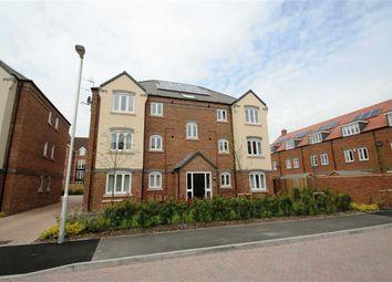 Thumbnail 2 bed flat to rent in Carpenters Close, Newbury