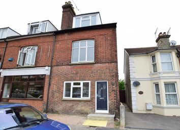 Thumbnail 2 bed flat to rent in Farningham Road, Crowborough