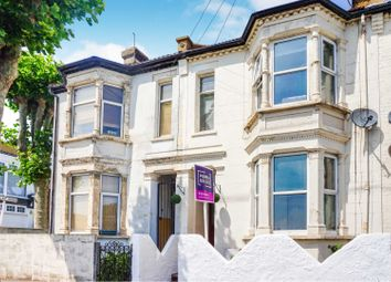 Thumbnail 2 bed flat for sale in Stanley Road, Southend-On-Sea