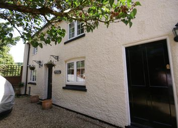 Thumbnail 2 bed detached house to rent in High Street, Great Missenden