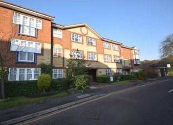 Thumbnail 2 bedroom flat for sale in Earls Meade, Luton