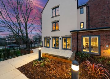 Thumbnail 2 bedroom property for sale in Great North Road, Hatfield