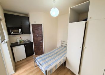 Thumbnail Studio to rent in High Road, Wembley
