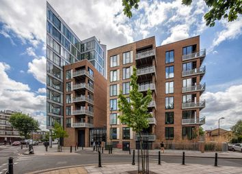 Thumbnail 1 bed flat to rent in Lovelace Street, Haggerston