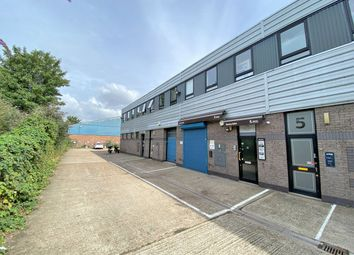 Thumbnail Office to let in First Floor, 7 Brentford Business Centre, Commerce Road, Brentford