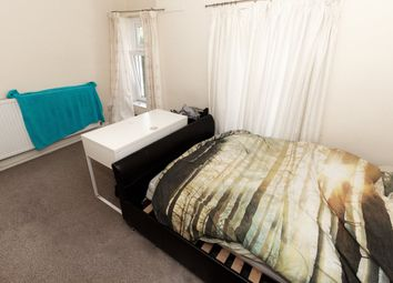 Thumbnail Room to rent in Laura Street - Room 2, Treforest, Pontypridd
