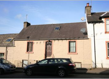 Thumbnail 2 bed flat to rent in Burrell Street, Crieff