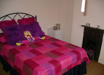 Thumbnail 1 bed flat to rent in Brunswick Street, Swindon, Wiltshire