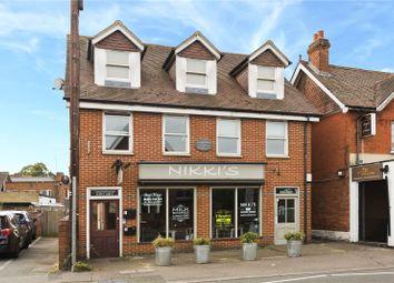 2 bed flat to rent in Balfour Road, Weybridge, Surrey KT13