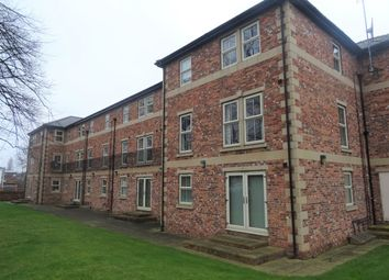 Thumbnail 2 bedroom flat to rent in Brook Crescent, Wakefield
