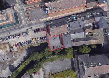 Parking/garage to let in Bark St, Bolton BL1