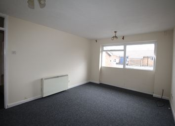 2 bed flat to rent in Bargate Drive, Wolverhampton WV6