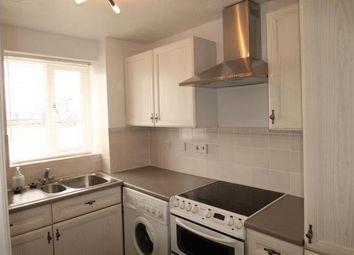 2 bed flat to rent in Harlinger Street, London SE18