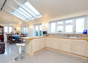 4 bed property to rent in Cranborne Avenue, Surbiton KT6