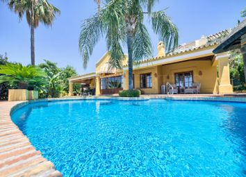 Thumbnail 4 bed villa for sale in Puerto Del Almendro, Benahavis, Malaga, Spain