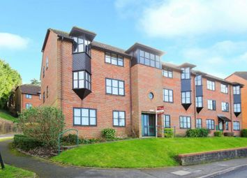 1 bed flat to rent in Stoney Grove, Chesham HP5