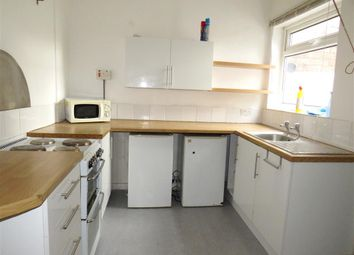 2 bed property to rent in Sidmouth Street, Hull HU5