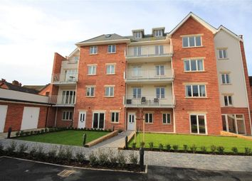 Thumbnail 2 bed flat to rent in Church Road, Caversham, Reading