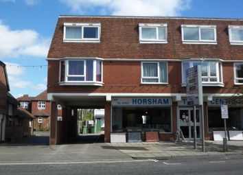 Thumbnail 1 bed flat to rent in Bishopric, Horsham