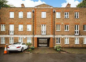 Thumbnail 1 bed flat to rent in Beaufort Road, Twickenham