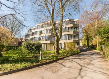 Thumbnail Flat for sale in Thackley End, Oxford